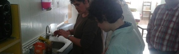 Taller de Cocina con trabajadores de Johnson Controls Autobaterías