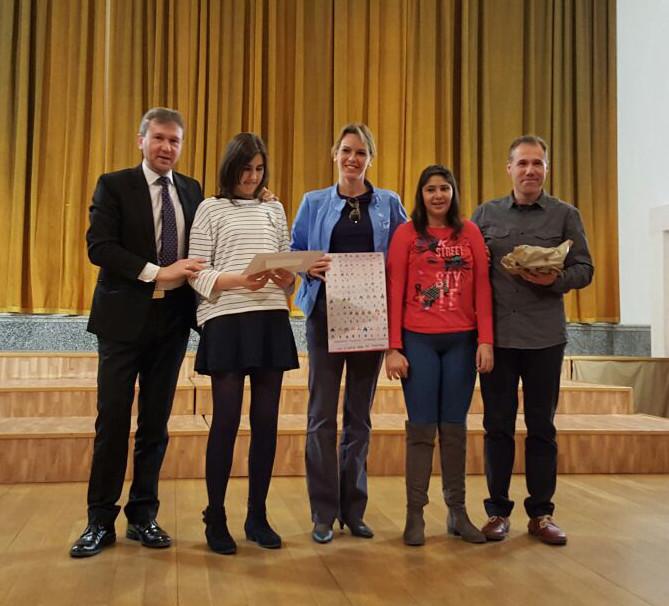 Los chicos del aula de pintura premiados por el Ayuntamiento de Burgos