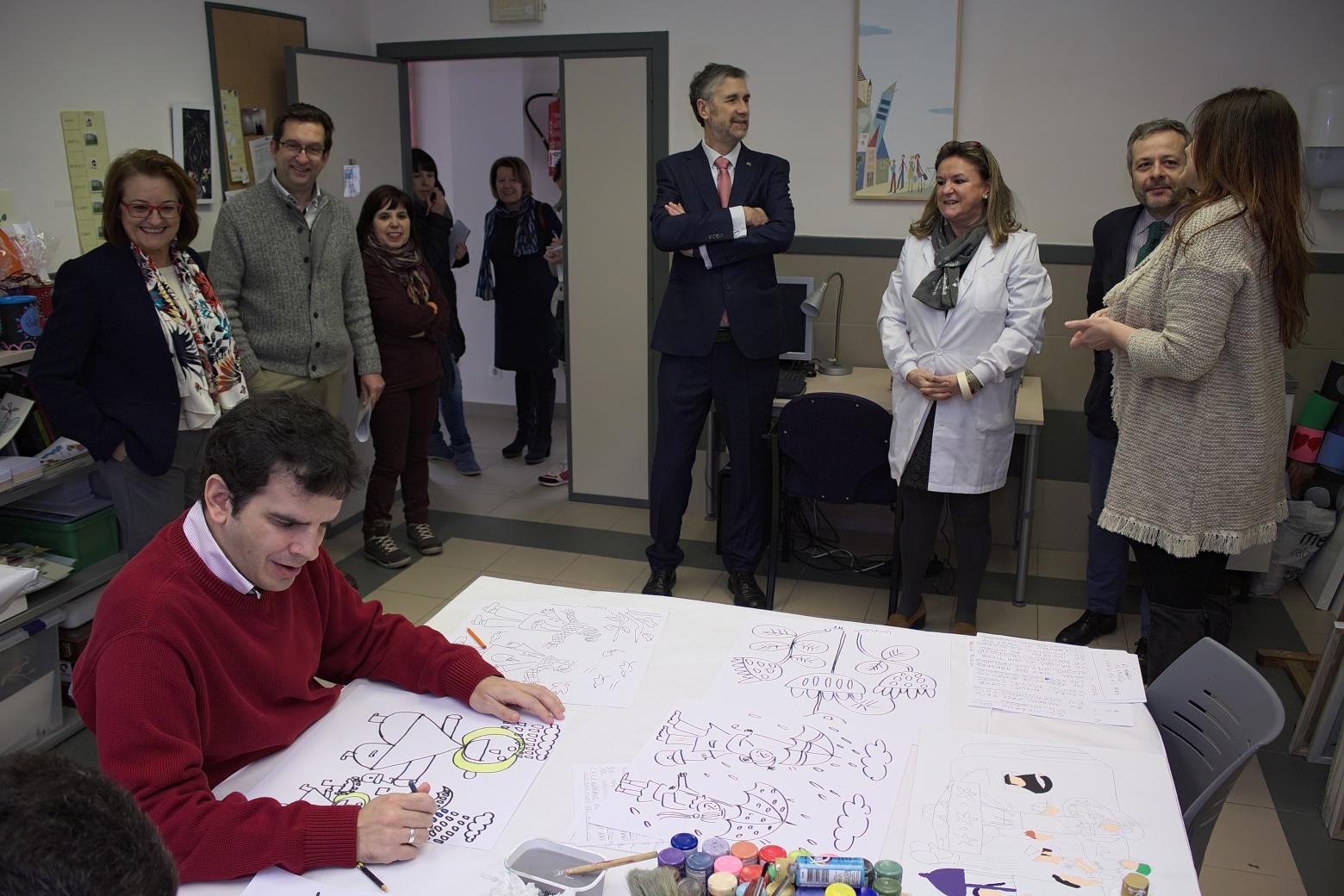 El rector de la UBU visita Autismo Burgos